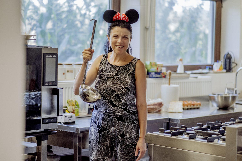 portret florența ilie în bucătăria magicamp